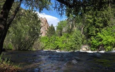 Picnic area at Eldorado Canyon State Park