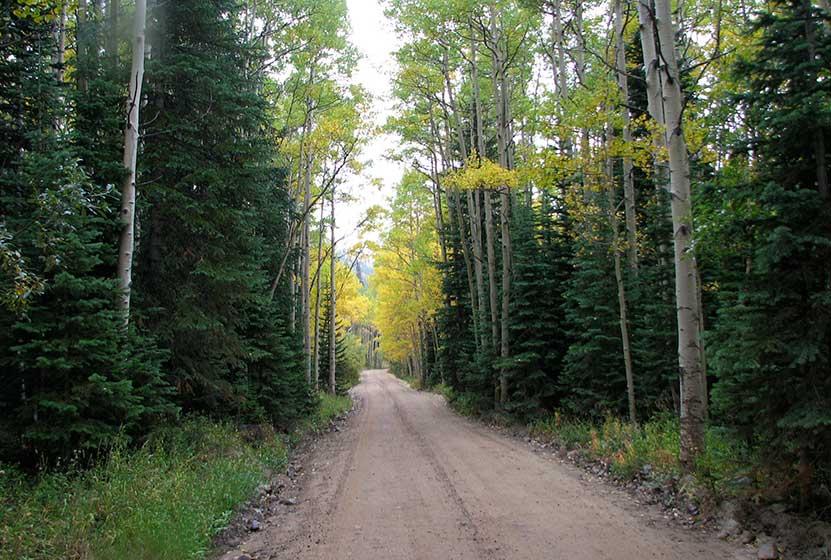 diamond lake drive to 4th of july trailhead