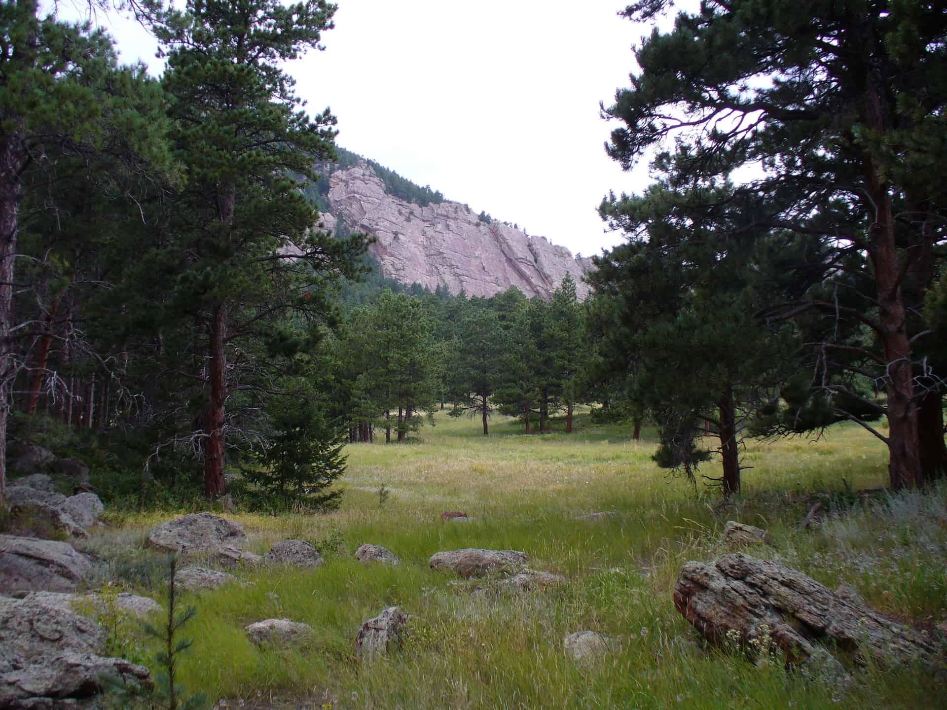 red rock of shanahan ridge flatirons area outside of boulder colorado