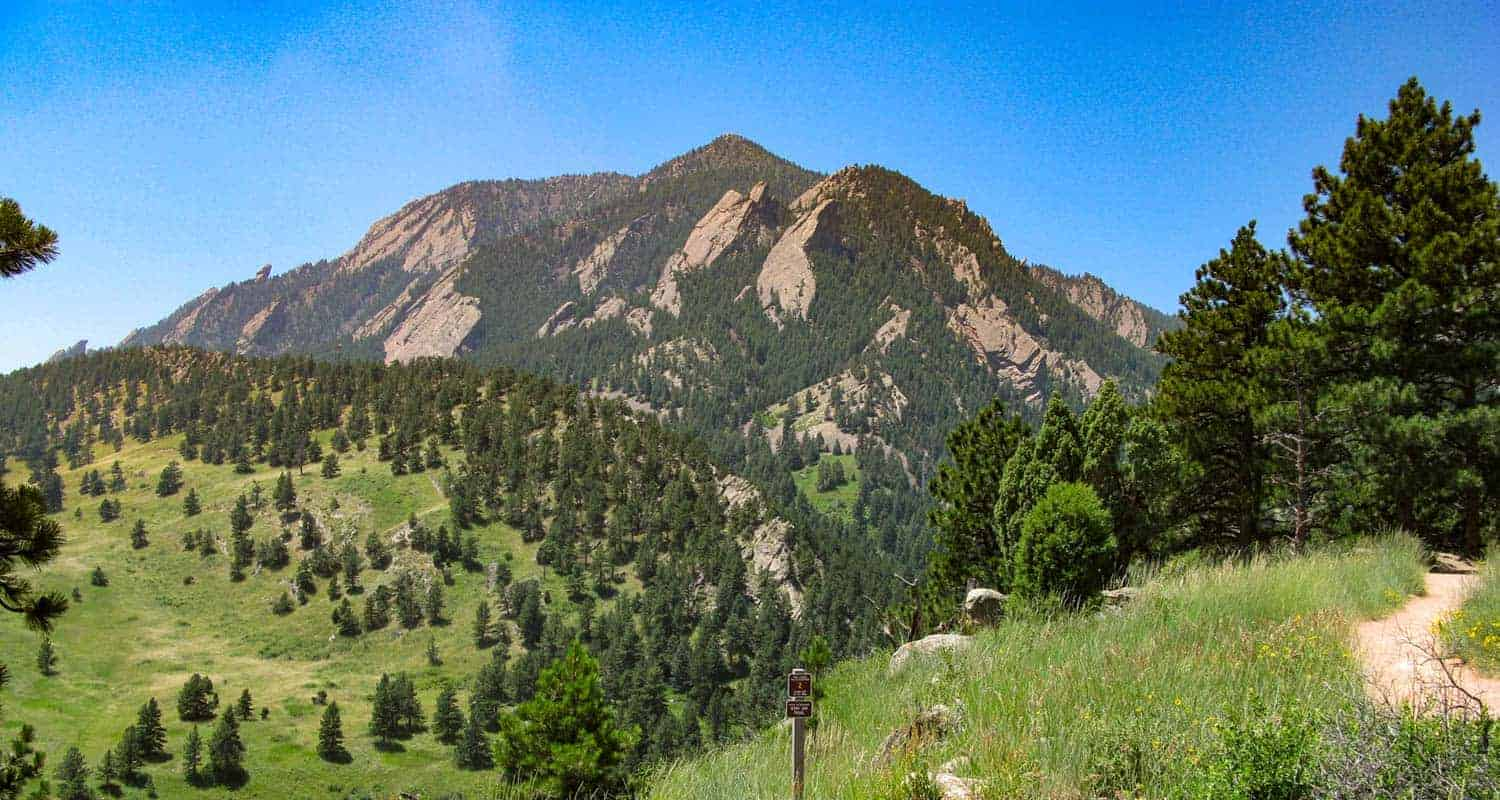 mesa trail on the way to mallory cave NCAR near boulder
