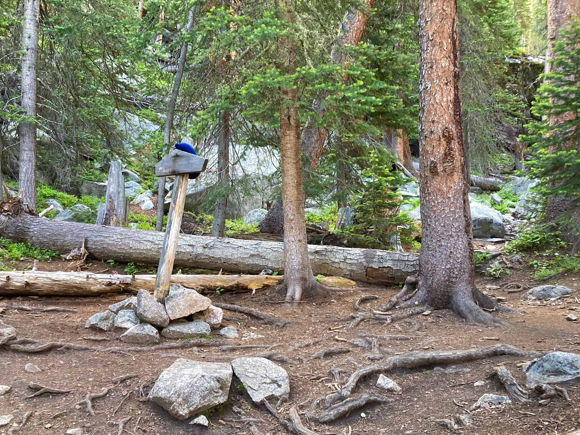 trail junction for crater lake